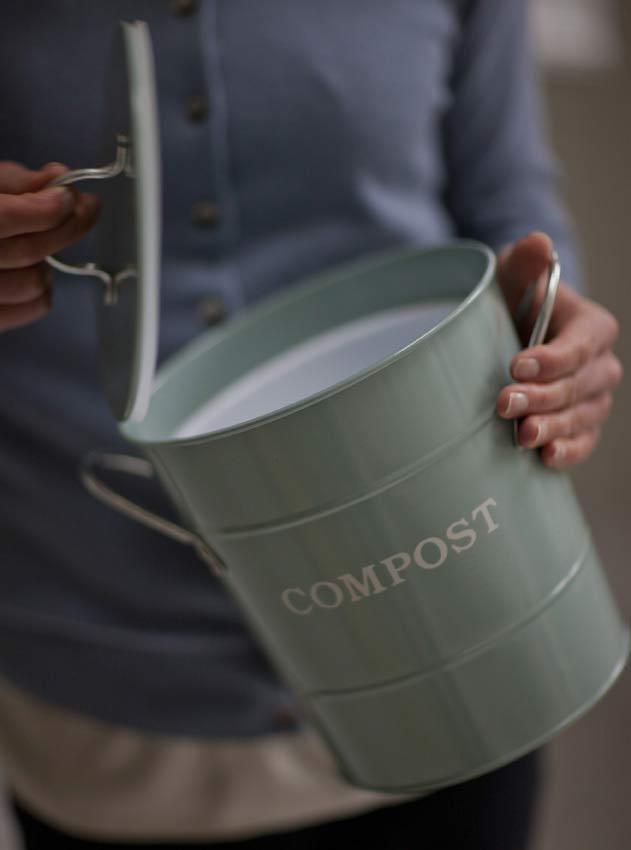 komposteimer f r die k che the garden shop. Black Bedroom Furniture Sets. Home Design Ideas